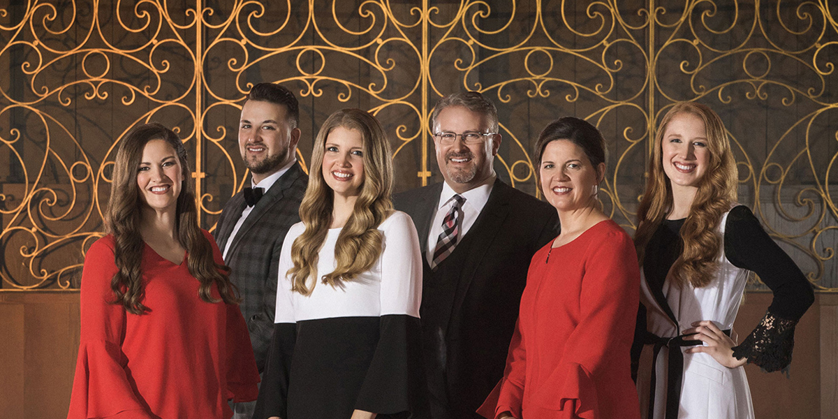 The Collingsworth Family – Mercy & Love Tour
